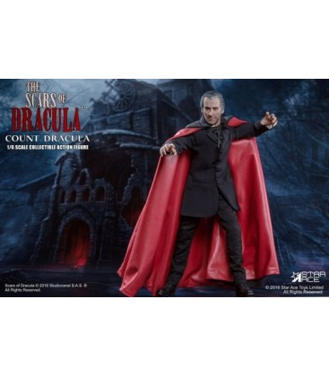 FIGURA STAR ACE DRACULA (CHRISTOPHER LEE) 30 CM